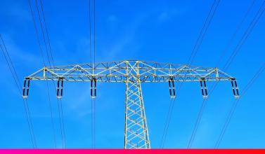 Qué es la corriente eléctrica? Nosotros te lo contamos