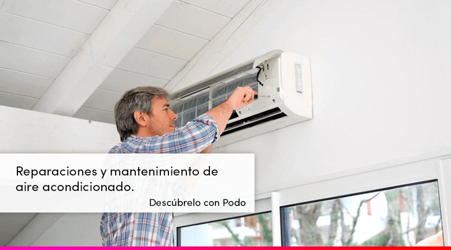 Mantenimiento de aire acondicionado por un técnico